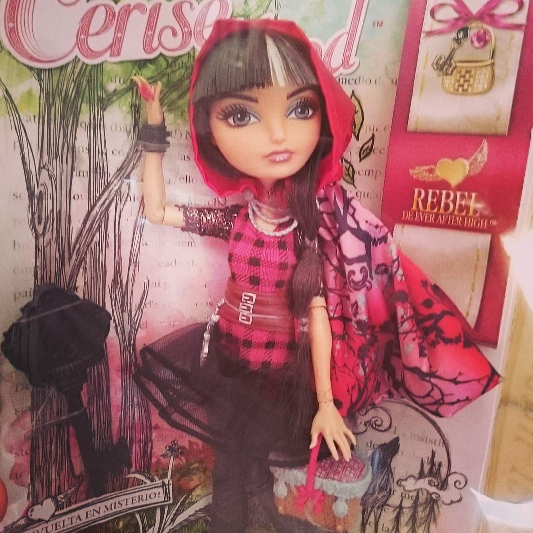 #doll #cute #beauty #dollcollection #dollphotography #toys #toy #muñeca #dollcollector  #dollstagram #colecciondemuñecas #photography #instadoll #lifeinplastic #boutiquedenancy #vickywaiting #coleccionismo #collector #cerisehood #everafterhigh