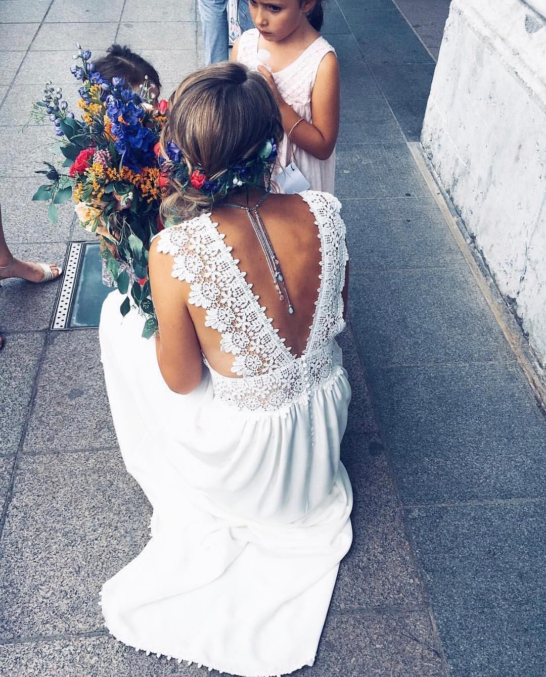 Einfach umwerfend mit dem wunderschönen Detail auf der Rückseite dieses Eleonore Nygårds.pa … – New Ideas
