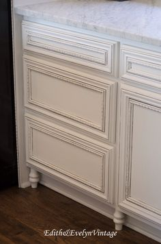 Gentil Stock Unfinished Cabinets From Home Depot With Decorative Moulding U0026 Furniture  Feet