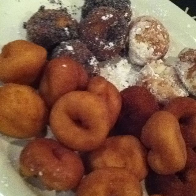 Home made Mini Donuts coming soon to Palasad North. Flavours: white sugar/Oreo, cinnamon/brown sugar, powder sugar ... and plain!!