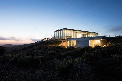 C-Glass House en Californie par Deegan Day Design Glass houses