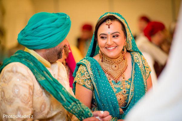 Sikh Ceremony http://maharaniweddings.com/gallery/photo/26544