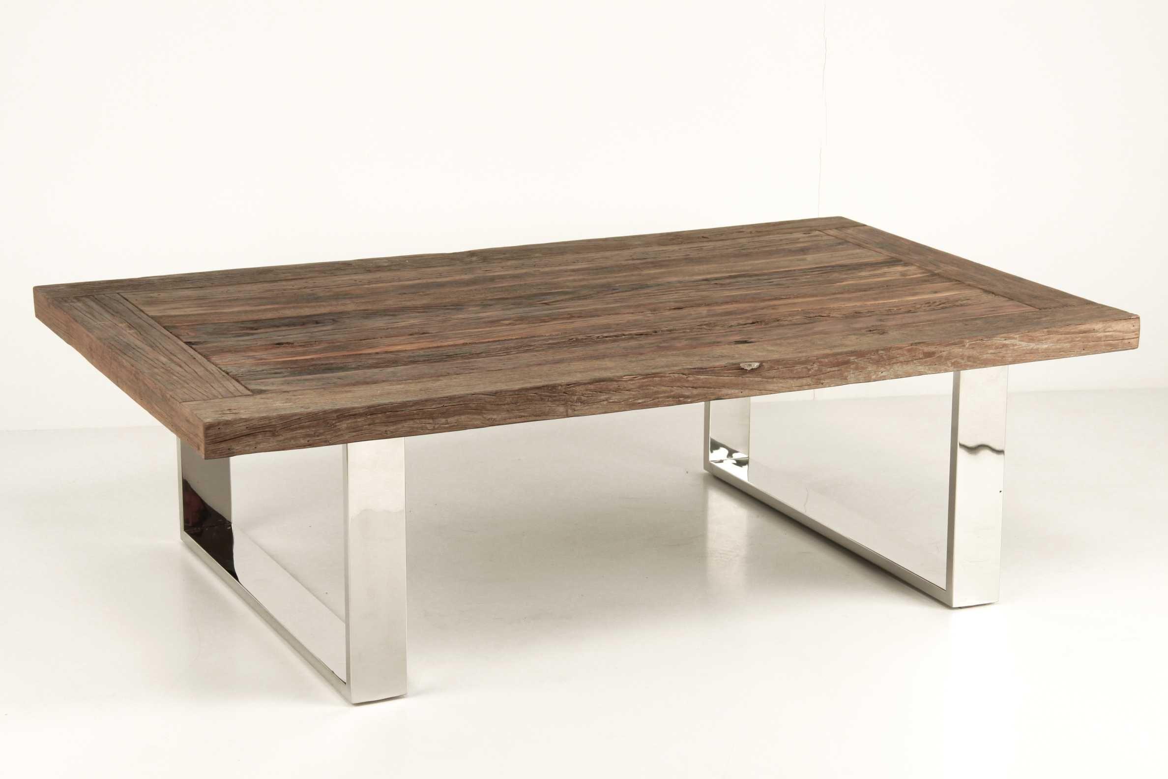 mesa comedor rustico madera con detalles plateados
