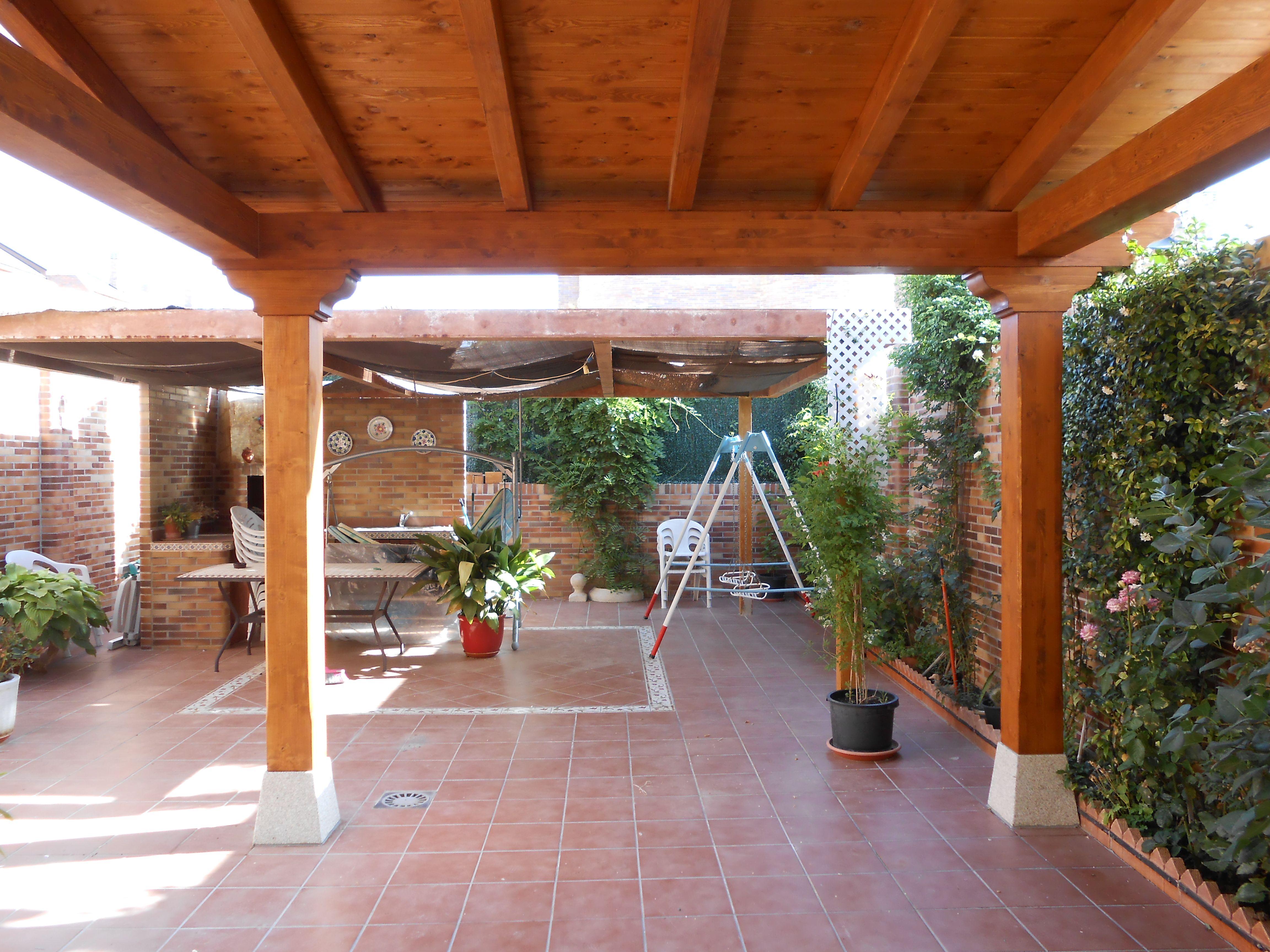 Porche de madera porches porches p rgolas cubiertas - Madera para porches ...