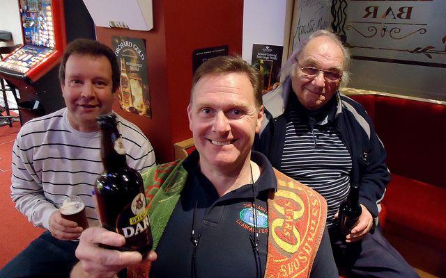 Pair visit 18,000 pubs over three decades