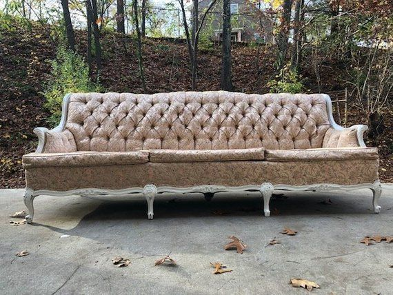 Enjoyable Vintage French Provincial Pink Couch Shabby Chic Pink Theyellowbook Wood Chair Design Ideas Theyellowbookinfo