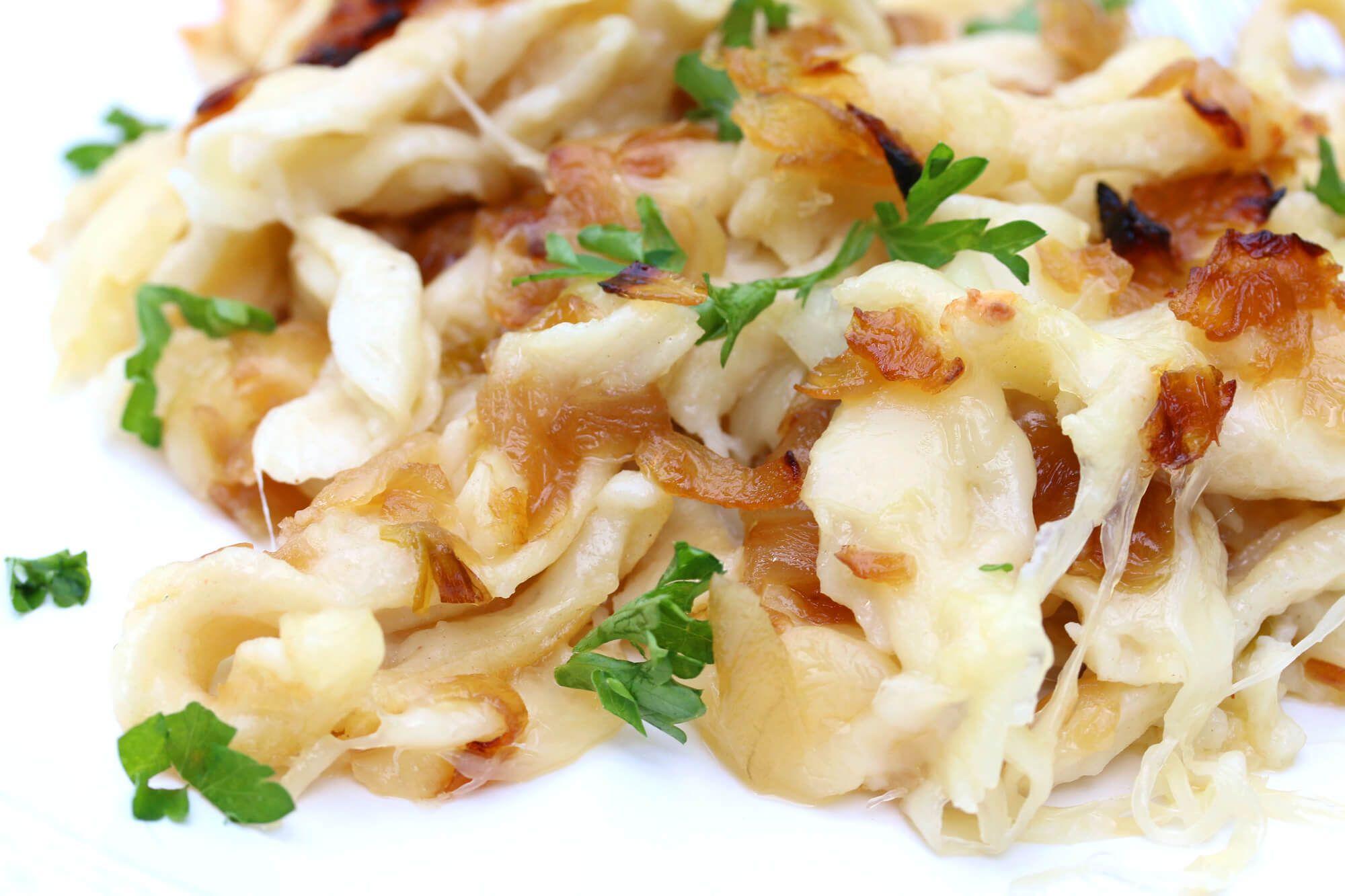 Schwäbische Käsespätzle (German Macaroni and Cheese) | Receta | Recetas