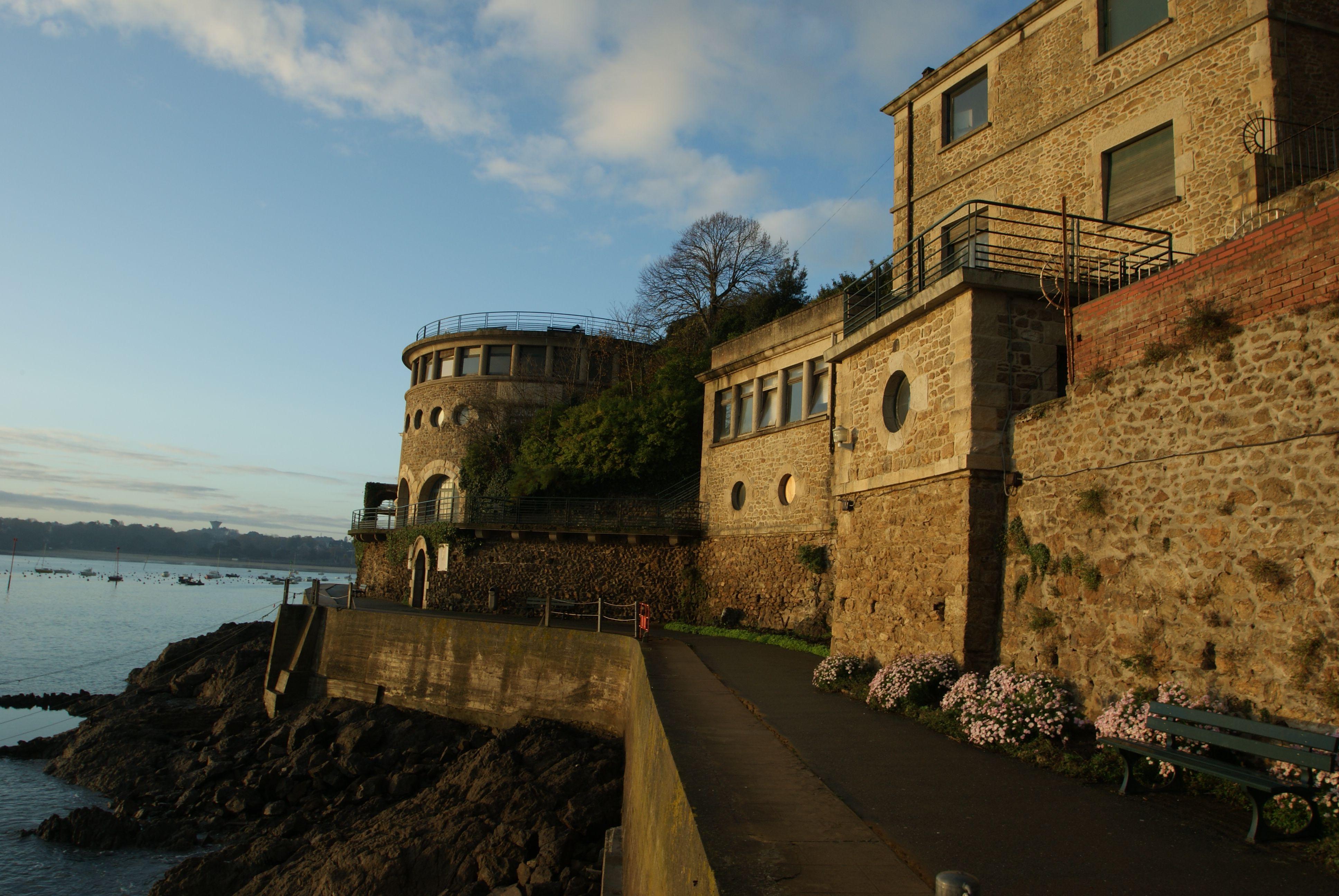 Beautiful Villa Bric à Brac , former Museum of the Sea