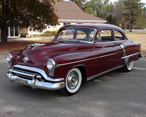 1951 Oldsmobile Super 88 2-Door Sedan