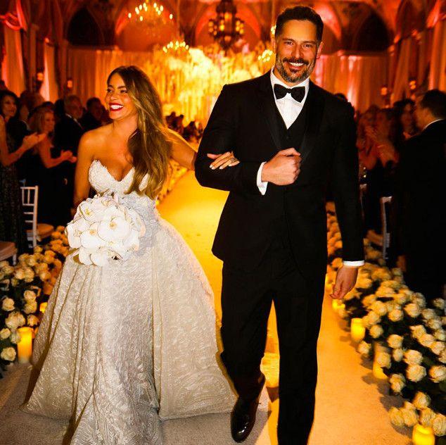 The 10 Best Instagram Moments Captured At Sofia Vergara And Joe Manganiello S Wedding Sofia Vergara Wedding Sofia Vergara Wedding Dress Celebrity Bride