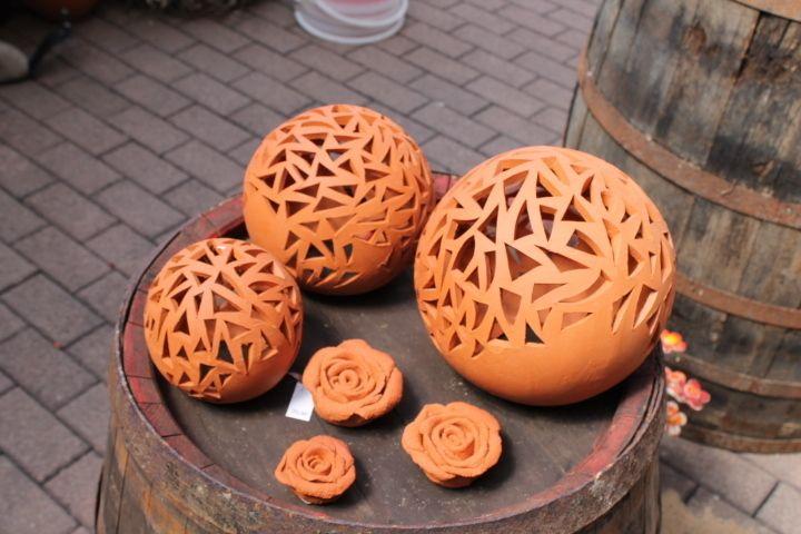 Kugeln keramik lichterkugel get pfert lampen von kunst - Gartenkeramik topfern ...