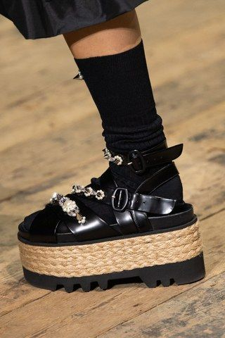 Simone Rocha Spring 2020 ReadytoWear Fashion Show is part of Mens boots fashion, How to wear, Couture shoes, Shirts women fashion, Edgy shoes, Trending shoes - The complete Simone Rocha Spring 2020 ReadytoWear fashion show now on Vogue Runway