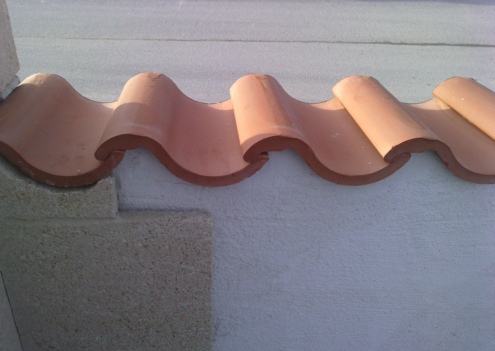 Terracotta Wall Top Roman Curved Wall Coping Spanish French Roof Tile Landscaping Supplies Terracotta Stucco Walls