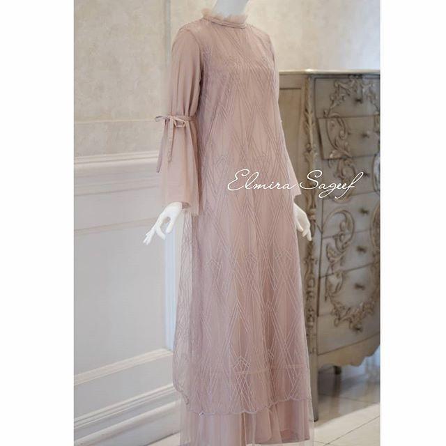 "Photo of Elmira Sageef  Modest Fashion on Instagram: ""Ayshe dress blush pink -SOLD OUT-. . . #dress #abayadress #abayajakarta #elmirasageef #elmirasageefatelier #gamislace #gamismodern…"""