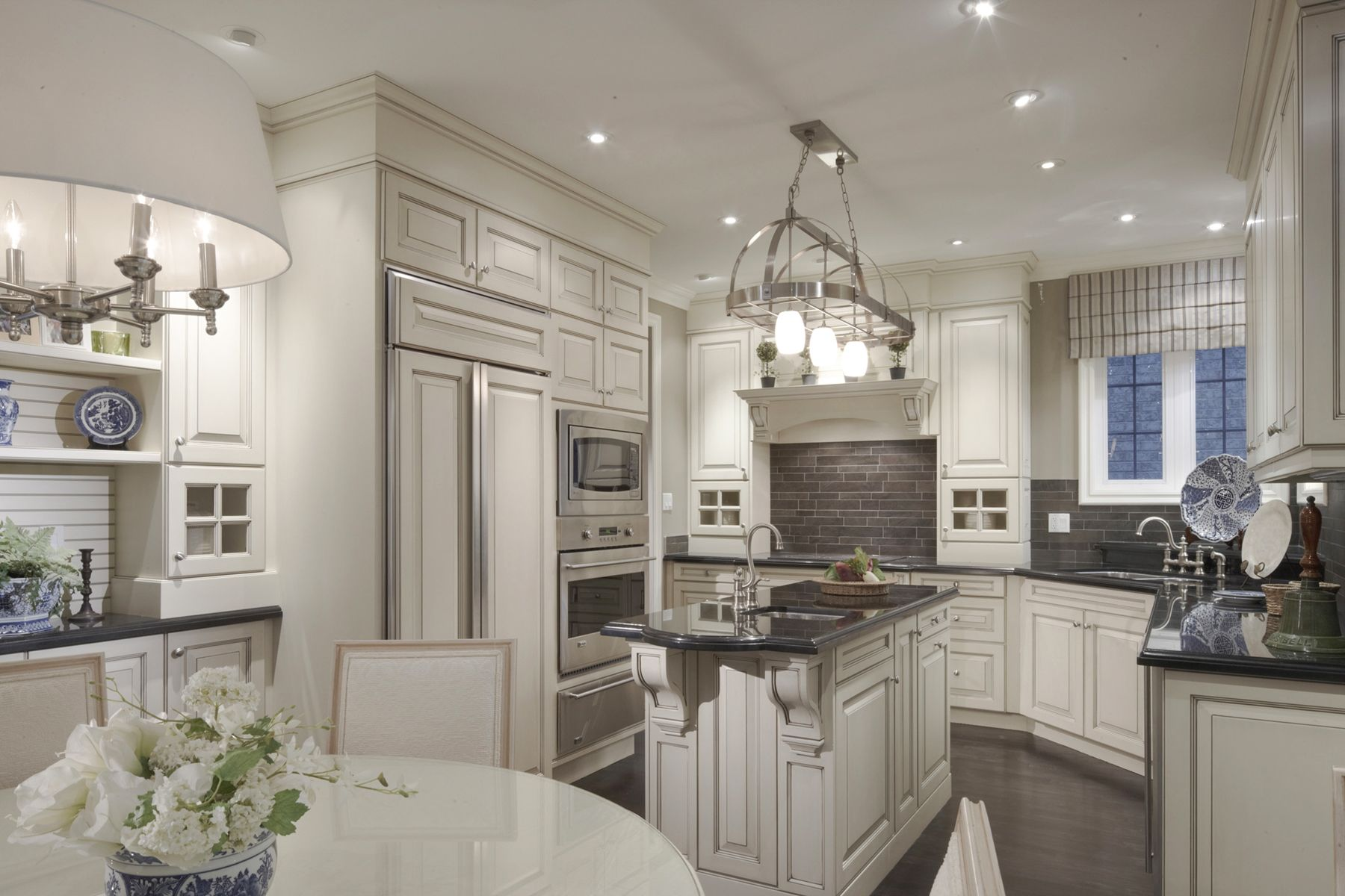 Traditional White Kitchen Cabinets With Black Granite Counters Prepossessing Traditional White Kitchen Cabinets Review