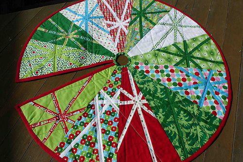 Christmas tree skirt | holiday ideas | Pinterest : christmas tree skirt quilt pattern - Adamdwight.com
