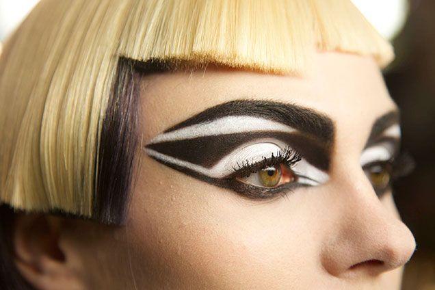 ba131c2d2ca Covergirl Star Wars, Stormtrooper Makeup Look   Make up! in 2019 ...