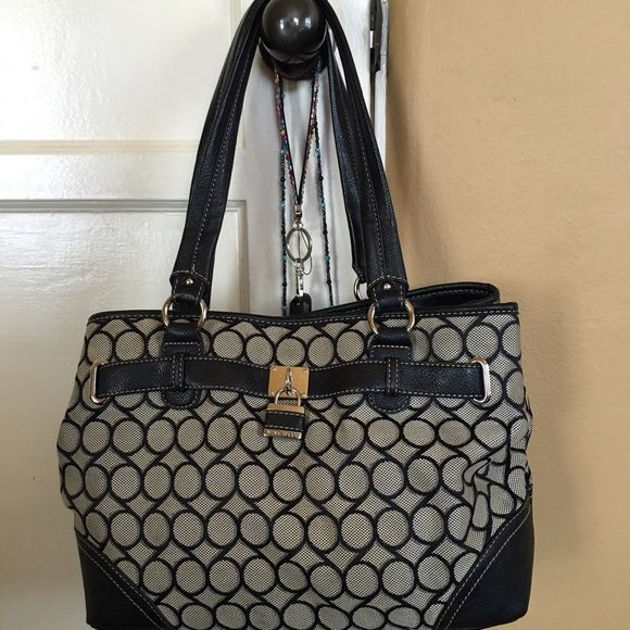 Purse Large, with center zippered pouch and one side zipper and two pouches for cell Nine West Bags Satchels