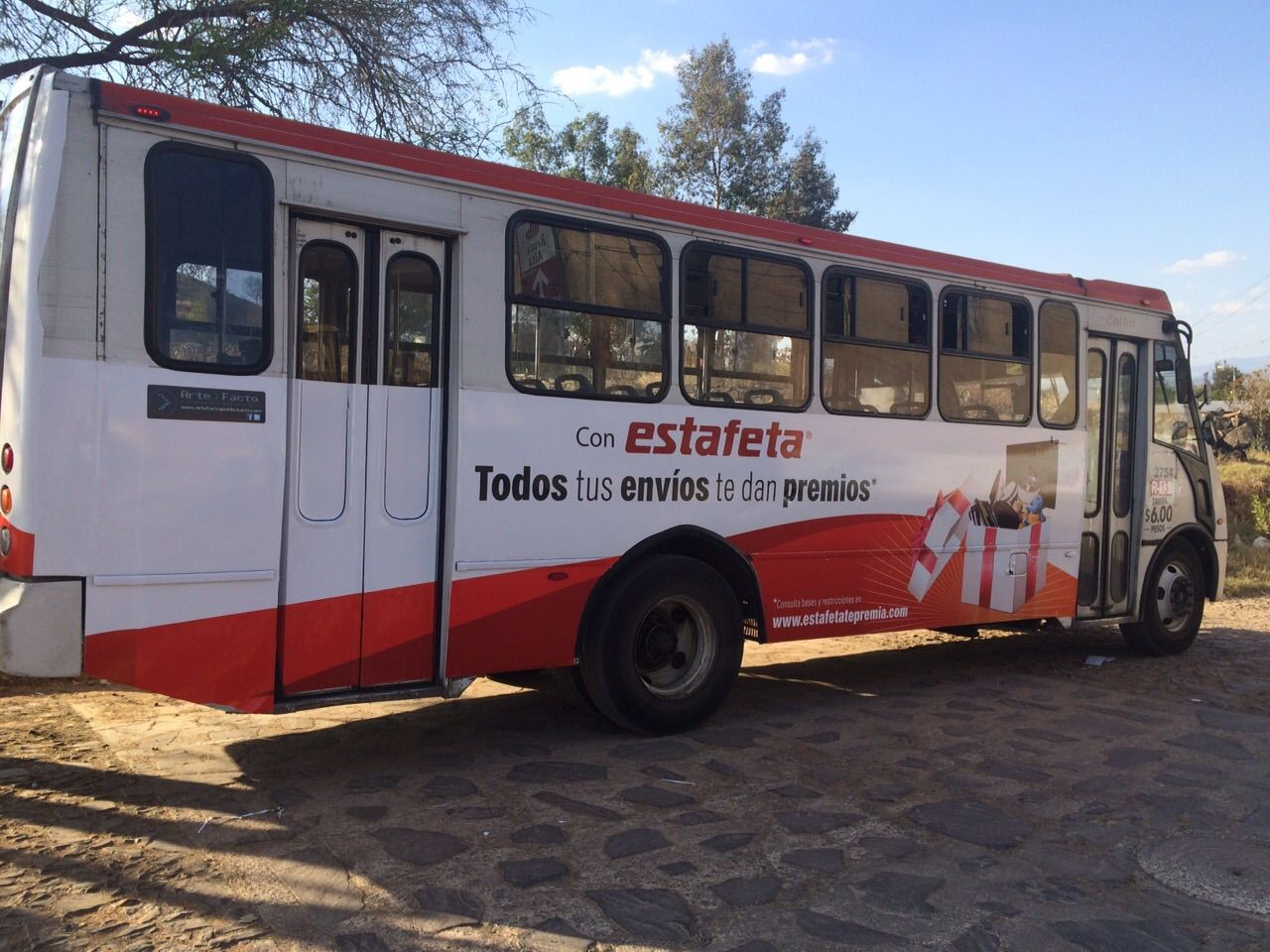 DISEÑO DE BUS MENSAJERIA ESTAFETA 2015 MÉXICO CONTRATA