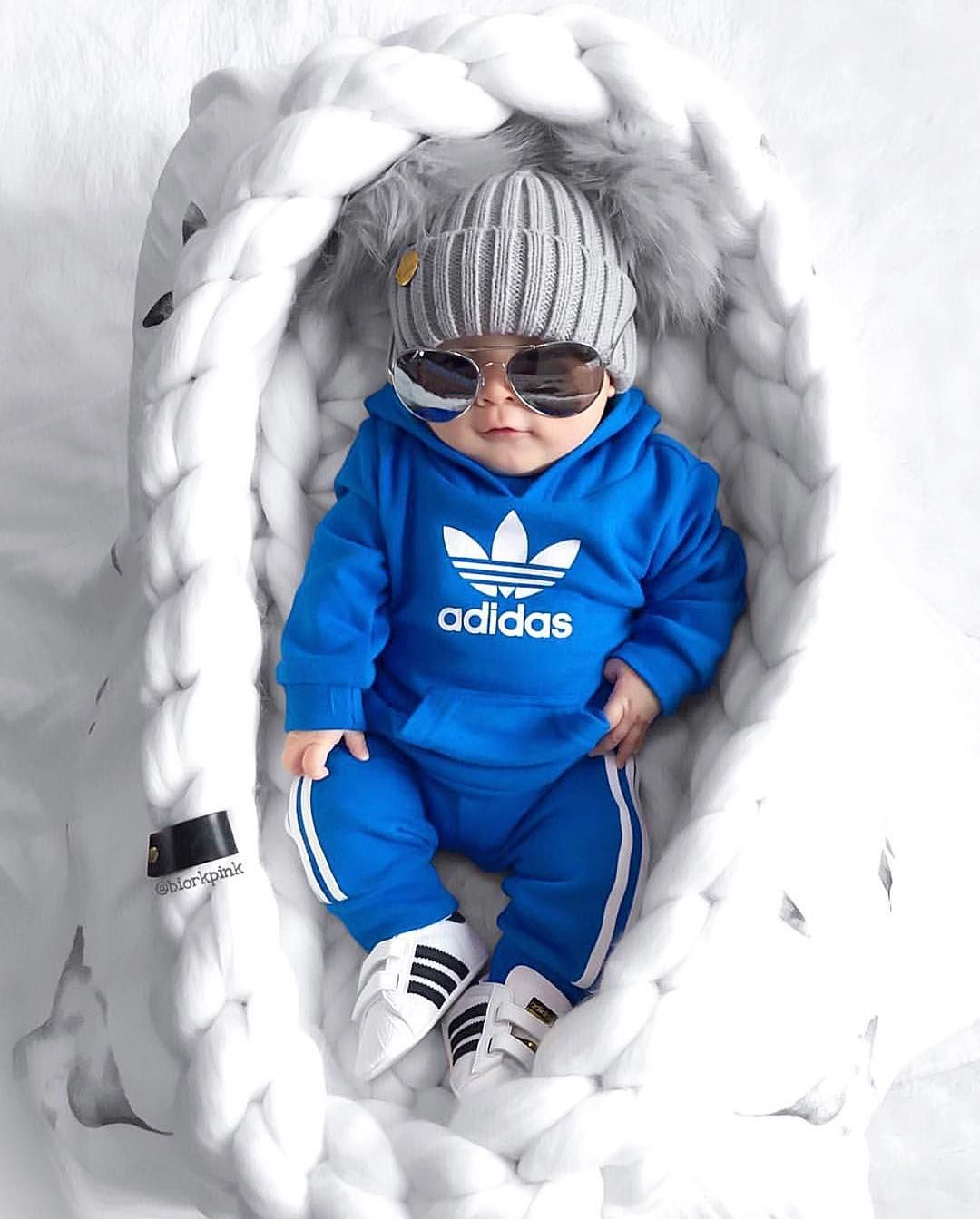 Mañana India robo  Too cool for School 😂😎💙 . | Very cute baby images, Baby boy outfits,  Very cute baby