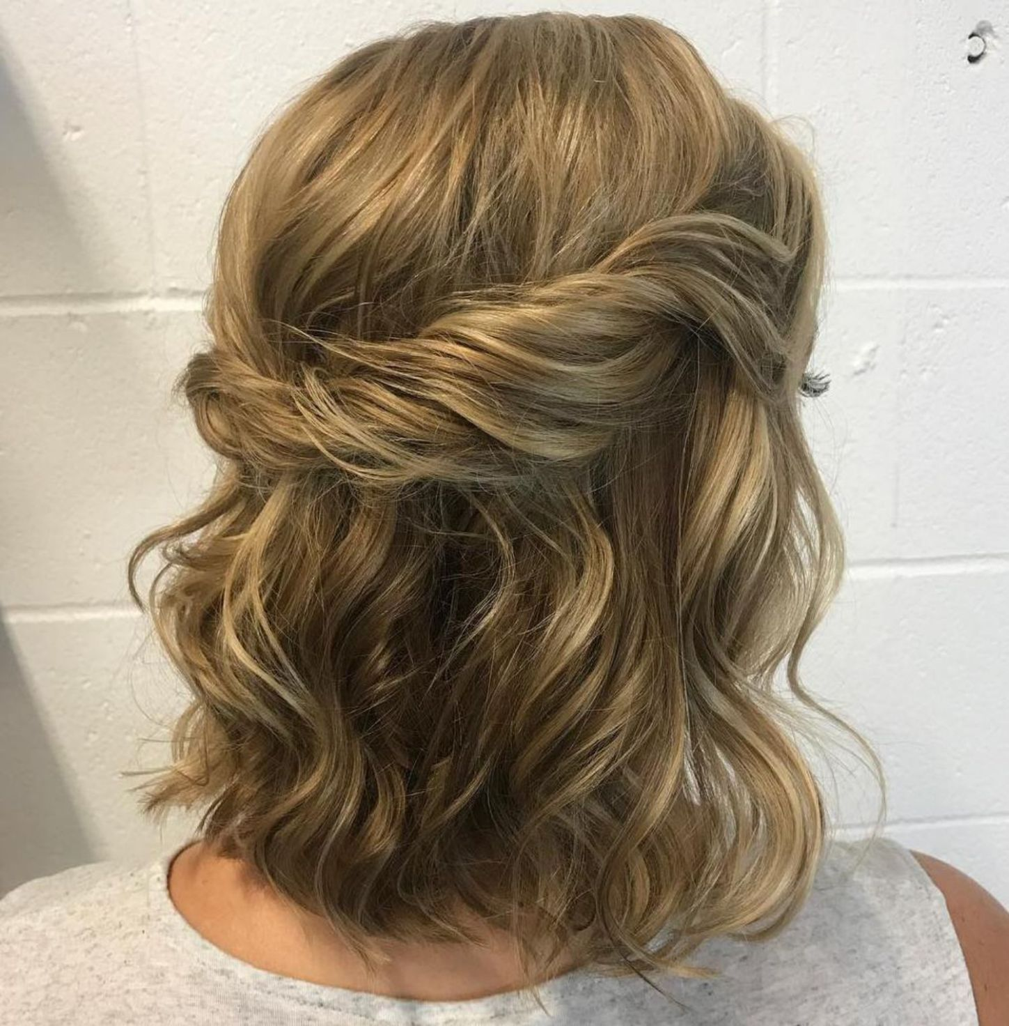 Wavy Half Up Half Down Hairstyle in 18   Updos for medium length ...