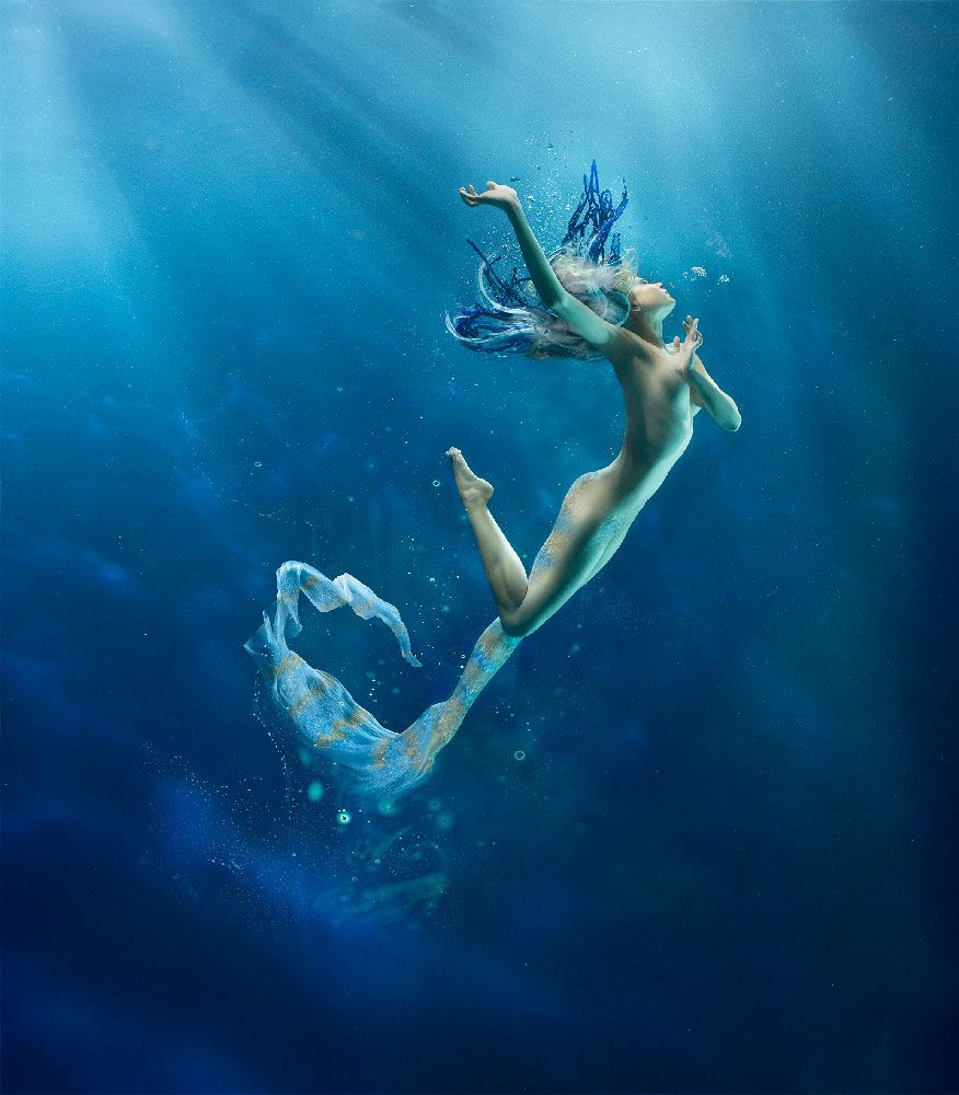 Mermaid siren underwater nude photography illustration - Dive famose nude ...