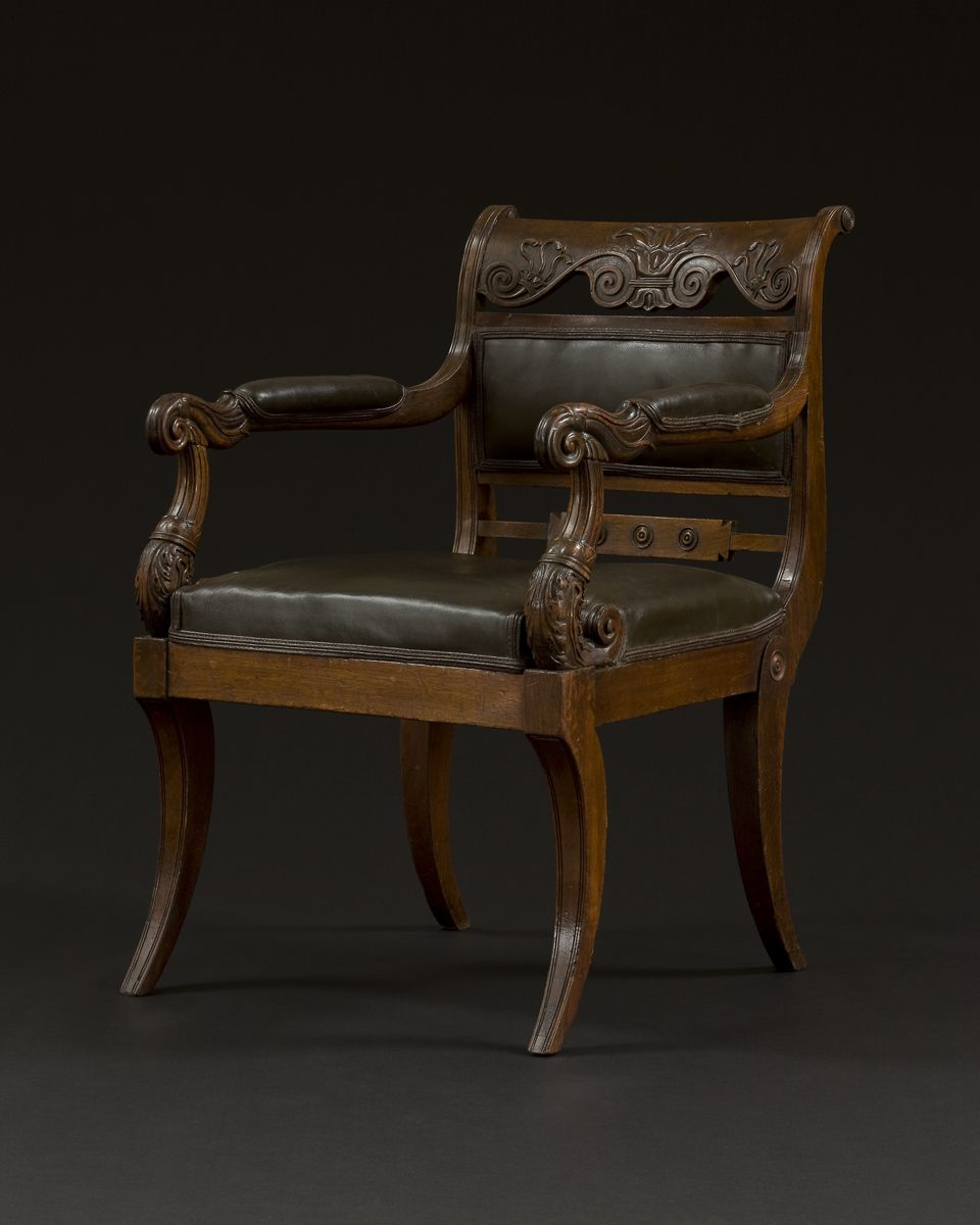 A Good Carved Mahogany Regency Armchair Probably From The Yarborough Suite English Circa 1810 Mobilier De Salon Chaise Et Mobilier