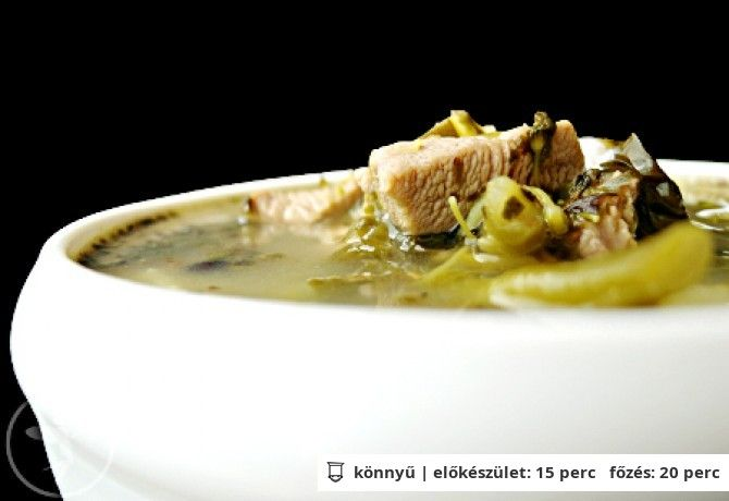 Green soup pulykahússal