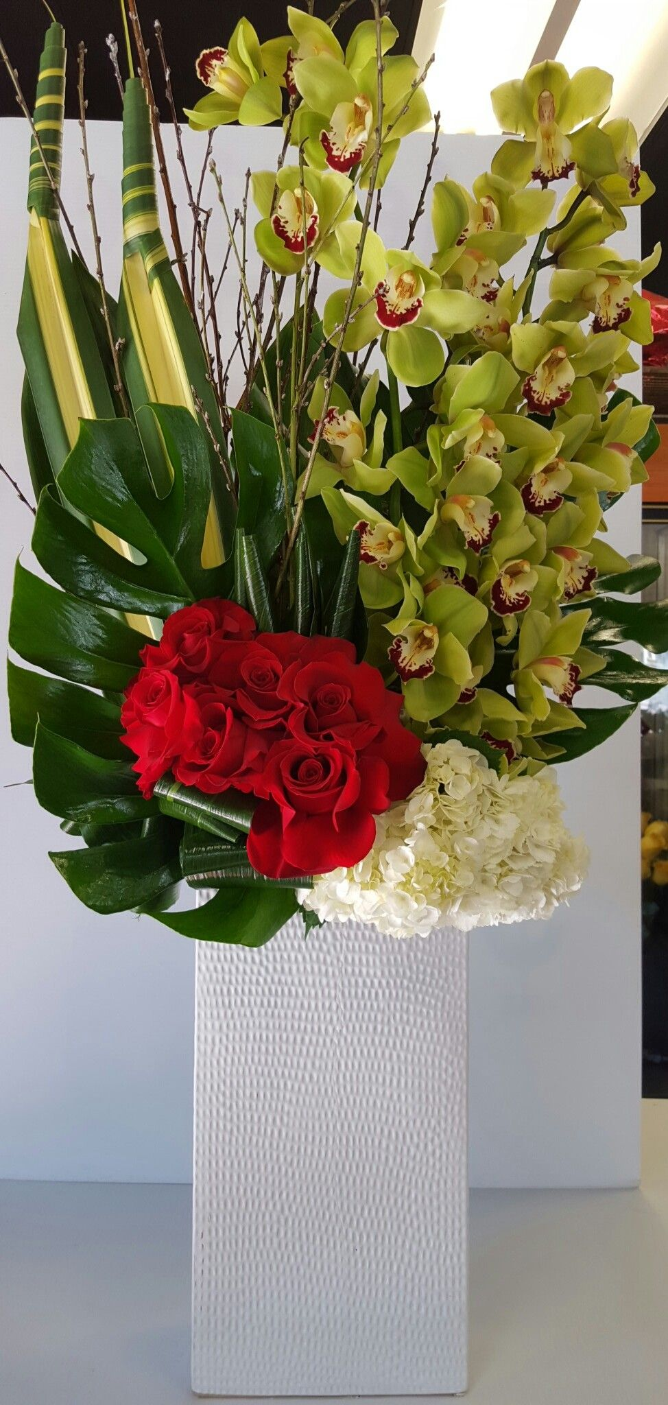 Send The Modern Orchids And Roses Bouquet Of Flowers From Duran S Flowers In Pasade Tropical Floral Arrangements Orchid Flower Arrangements Flower Arrangements