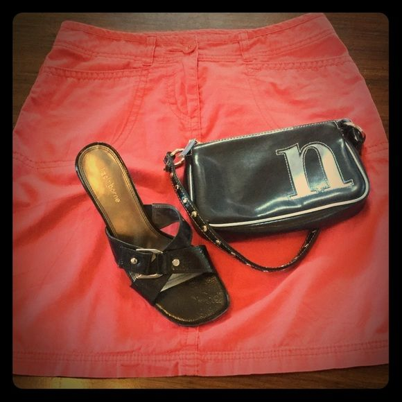"EUC  FADED GLORY Cotton Skirt - 4/6 100% Cotton, lightweight summer skirt.  Low rise 30"" waist, 19"" length.  Pretty dark coral color.  Marked 4, but will fit a 6.  Spotless!    **Looks great with my Claiborne sandals (8) & Limited Too bag; posted separately.  Bundle for additional discounts. Faded Glory Skirts"