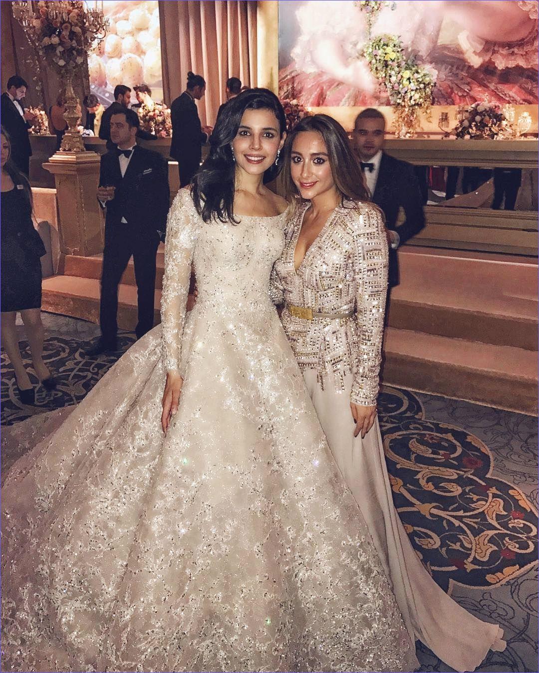 This turkish bride s wedding dress looks like a work of art just