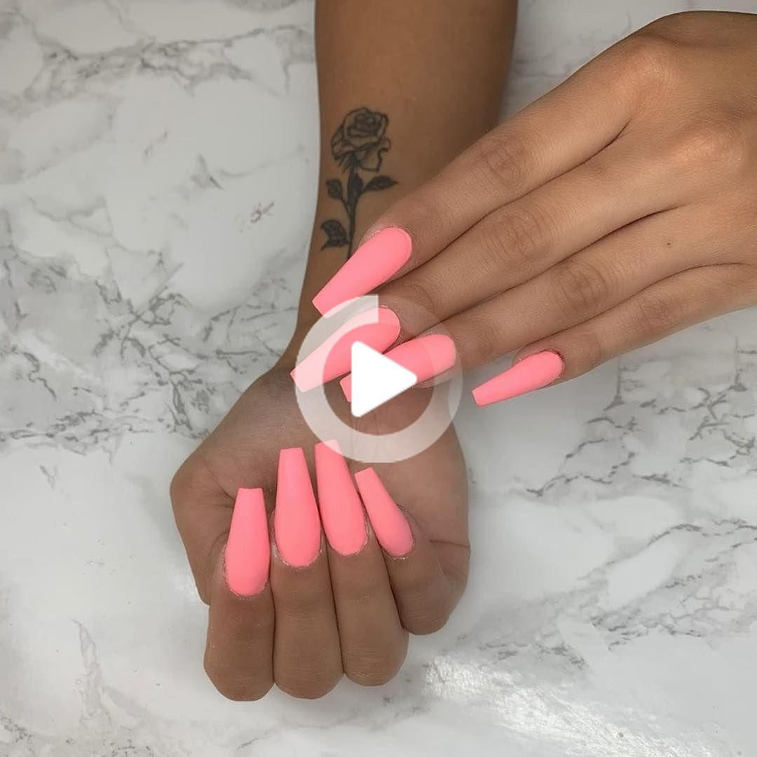Acrylic Nails This Way You Can Also Make Nail Models At Home In 2020