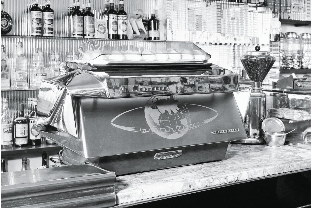 19501959 La Marzocco La marzocco, Coffe machine