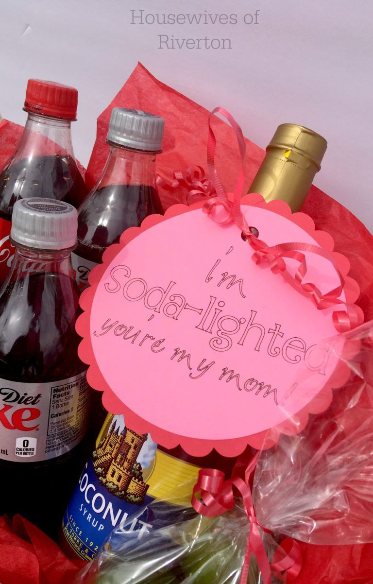 Easy Mother's Day Tag with Cricut Cute mothers day gifts