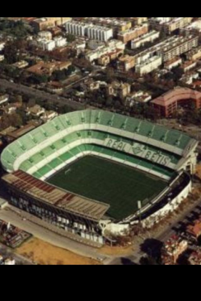 Est Benito Villamarin Real Betis Sevilla Abierto En 1929 56 500 Personas Espana Betis Estadio De Futbol Estadios Del Mundo