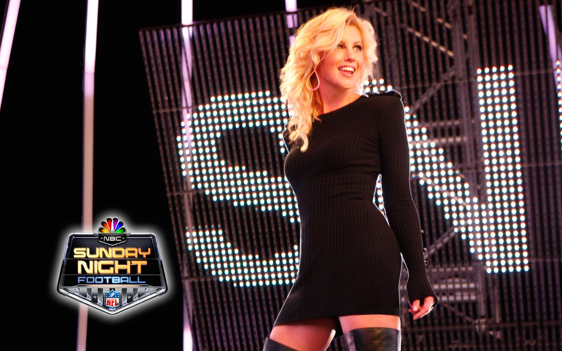 Faith Hill Leaves Sunday Night Football Faith Hill Sunday Night Football Nfl Sunday