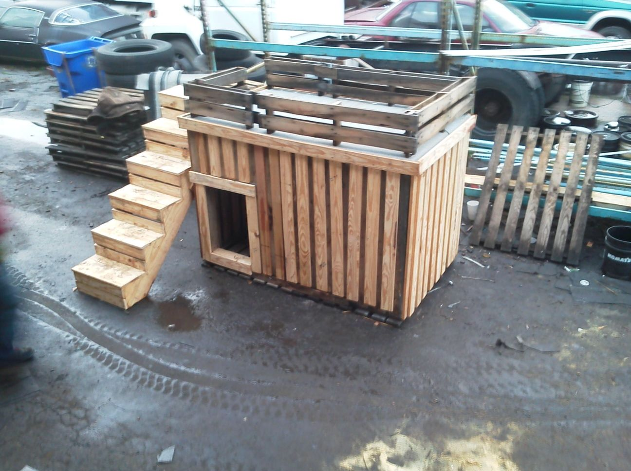 Dog house made from palletslove the deck Wonder if I can make
