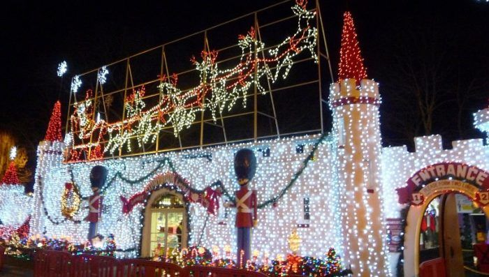 Visit 10 Christmas Light Displays In New Jersey For A Magical Experience Best Christmas Lights Best Christmas Light Displays Christmas Lights