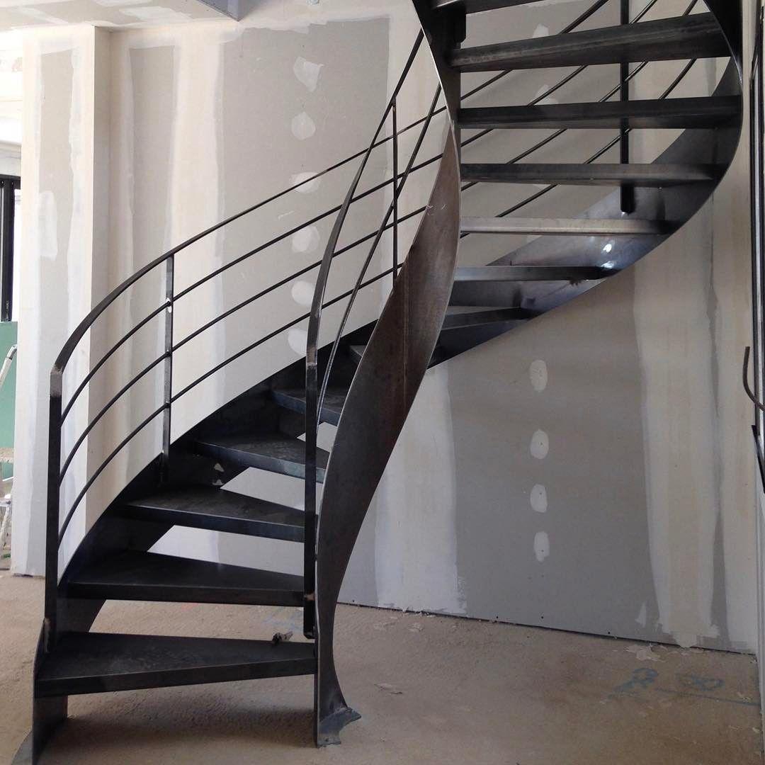 Escalier Balance Sur Flamme Centrale Jourdepose