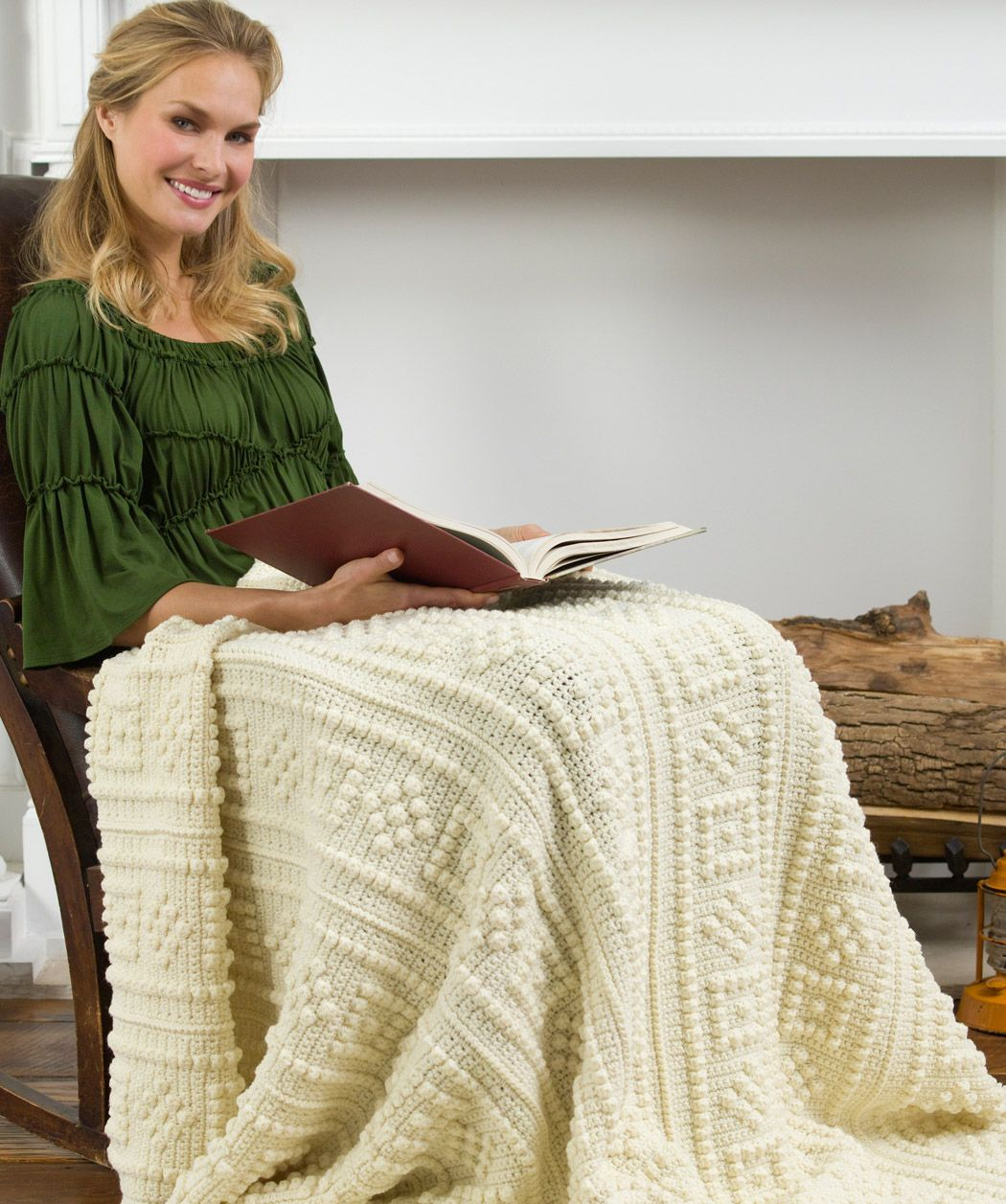 Square-Cut Diamond Throw Crochet Pattern | Red Heart