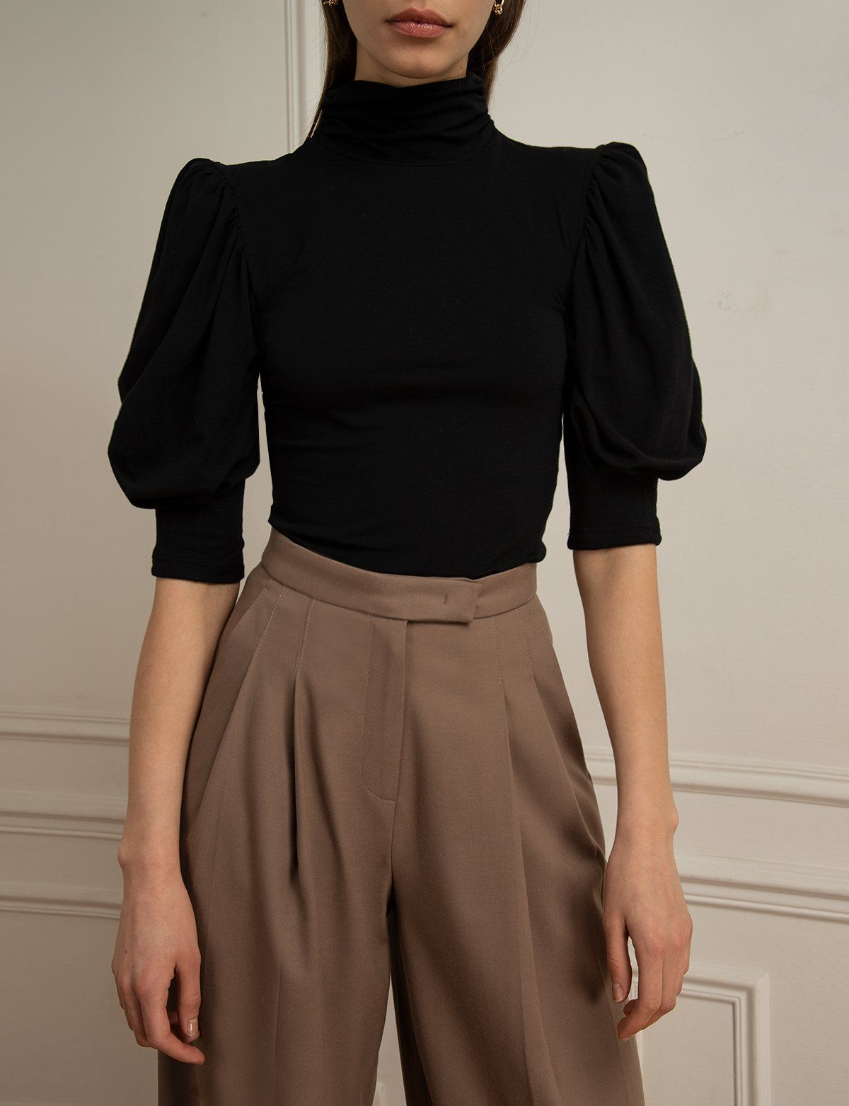 Black Puff Sleeve Top - S