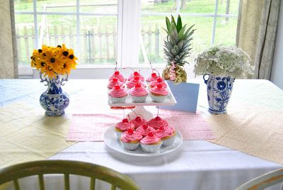 Cottage Dreamers simple birthday cupcakes