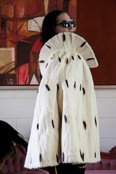 ROYAL ERMINE FUR Cape ~ Unique Couture Coronation Wrap from Bulgaria  Authentic Rare Genuine King Queen Costume Stage Movies Weddings 9c8b9790c697