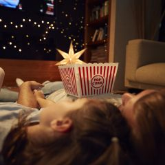 84 Movies to See with Your Kids Before They're 12 #mistletoesfootprintcraft