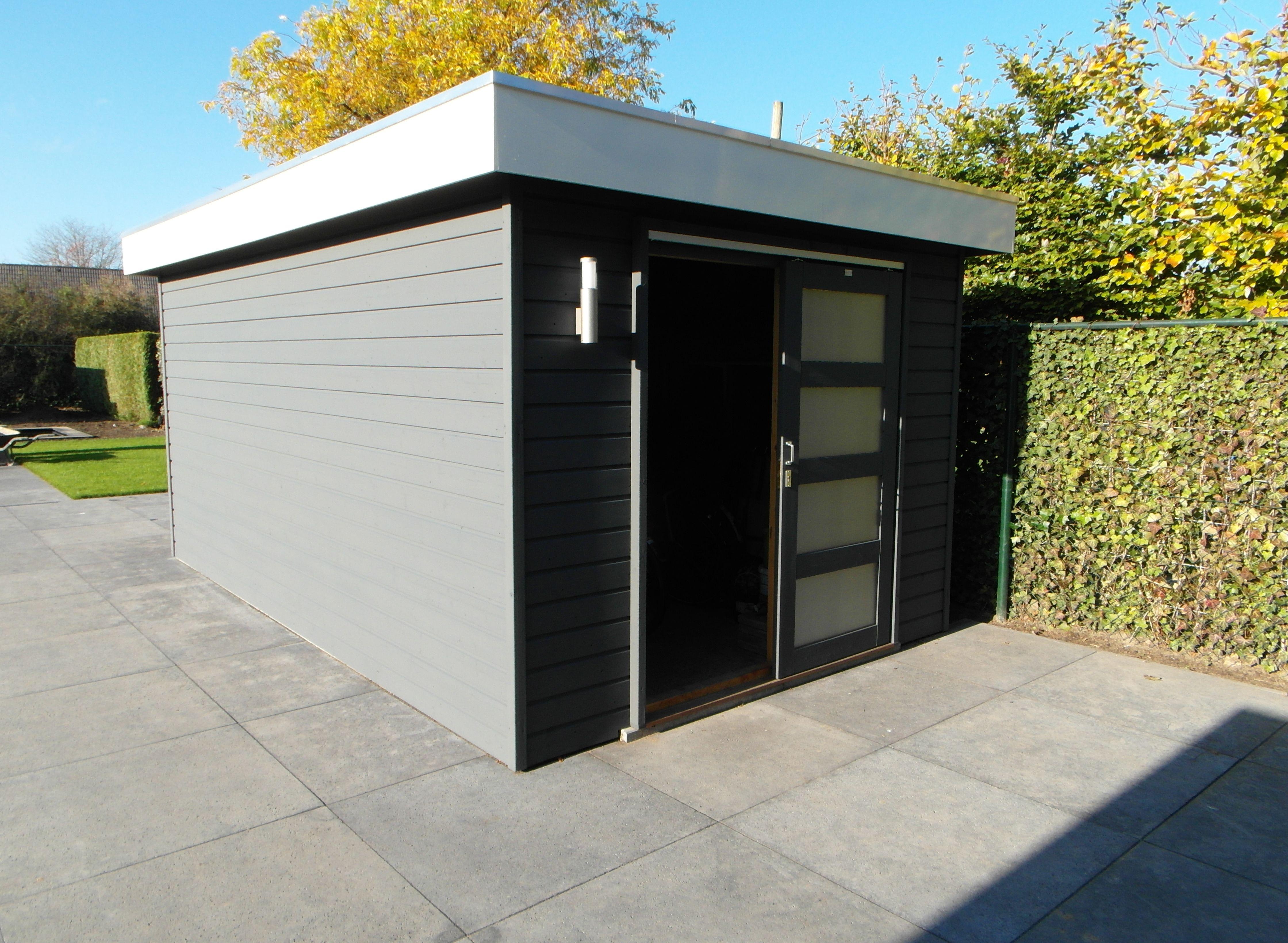 Beste Modern tuinhuis met plat dak en voorzien van schuifdeur. Op maat EZ-22