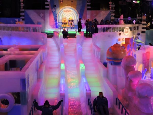 Delightful Don Your Parkas And Slide Down An Ice Slide At Galvestonu0027s Moody Gardensu0027  ICE LAND: Ice Sculptures With SpongeBob SquarePants. DSM Readers Get A  Discount On ... Gallery