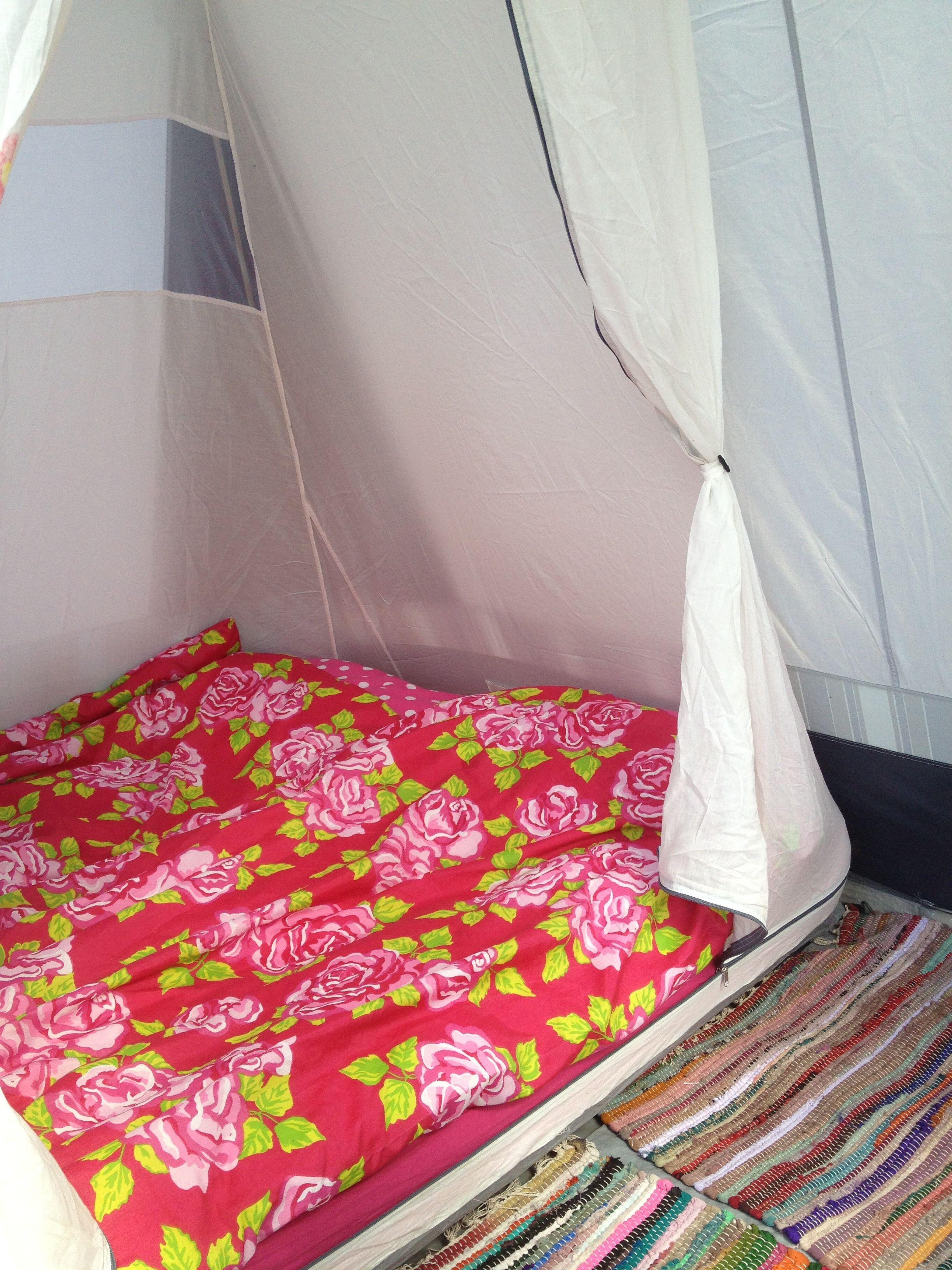 Gepimpte Tent Met Dekbed Van De Zeeman En Kleedjes Van De Action