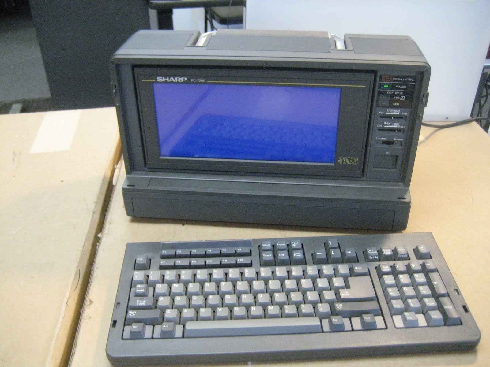 Sharp Personal Computer PC-7241.