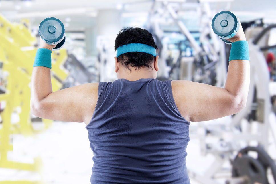 Le mythe de l'obésité santé.    L'obésité représente un important facteur de risque de mortalité, quelle que soit la condition physique des personnes obèses