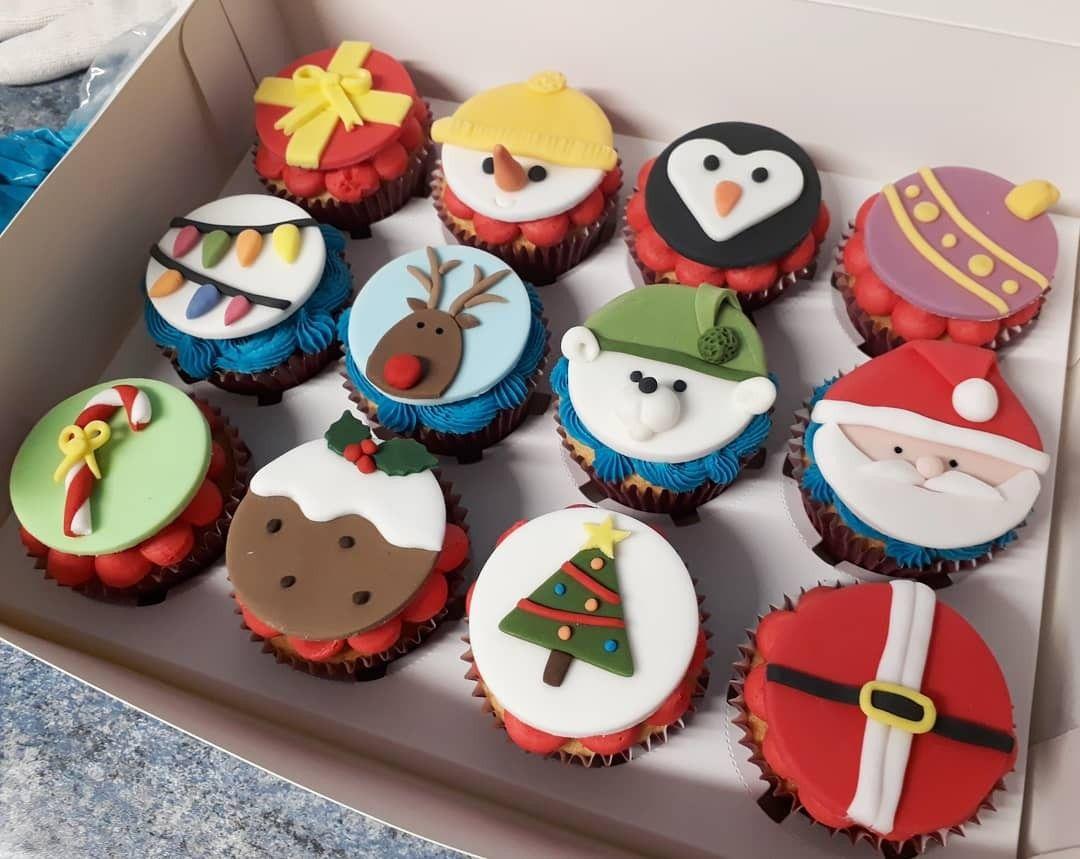 Christmas cupcakes | Christmas cake topper, Christmas cupcake toppers, Christmas pastries